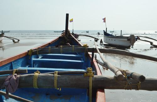 Et des embarcations de pecheurs
