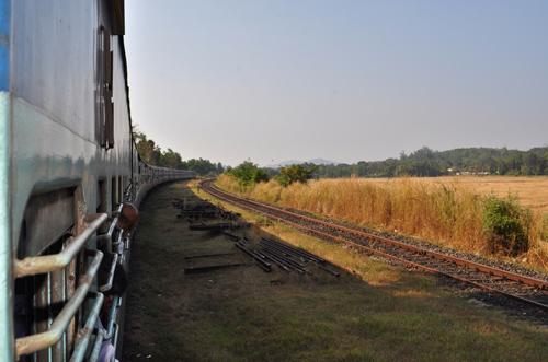 le train s'etire